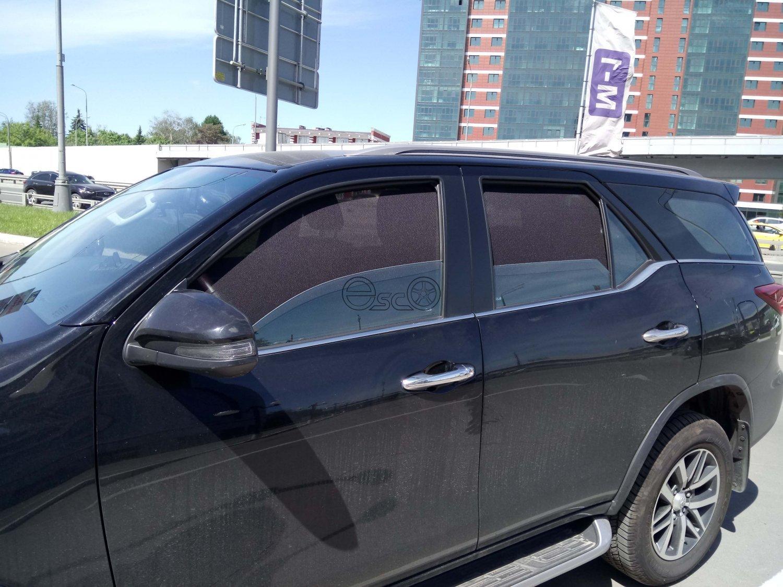 Каркасные сетки на окна Toyota Fortuner 2