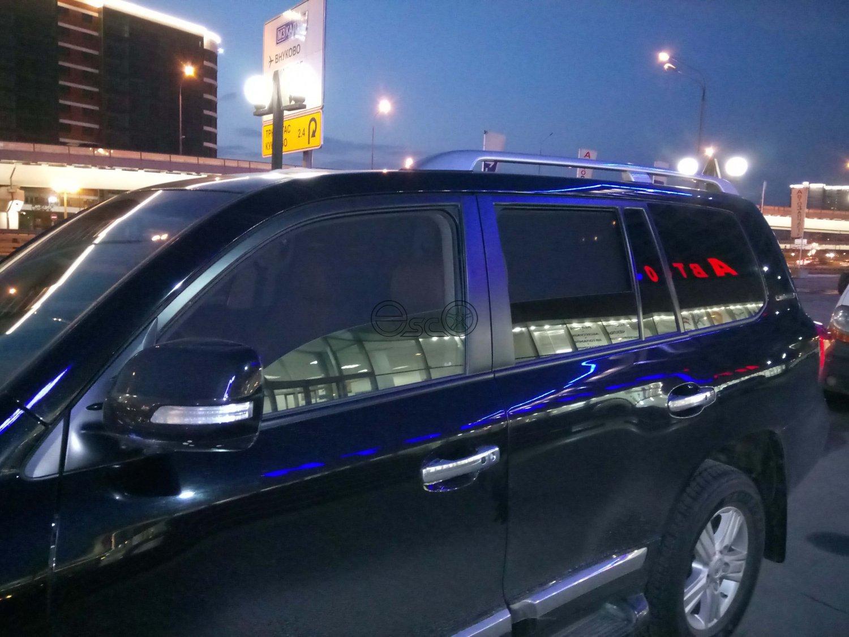 Автошторки на Toyota Land Cruiser 200